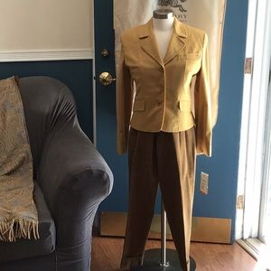 NWTs Burberry cashmere and wool pantsuit.